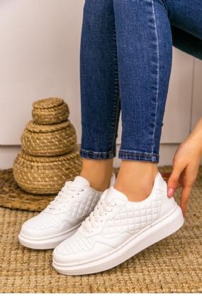 Lari Beyaz Cilt Bağcıklı Spor Ayakkabı-12204