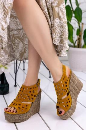 Luya Hardal Süet Dolgu Topuk Sandalet-8453