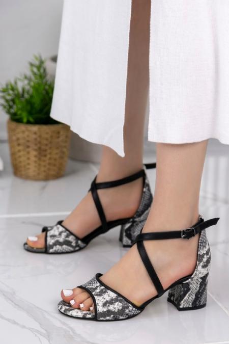 Sherry Siyah Cilt Yılan Detaylı Topuklu Ayakkabı-6376