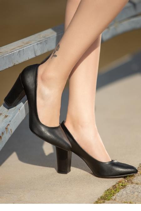 Edri Siyah Cilt Topuklu Ayakkabı-12364