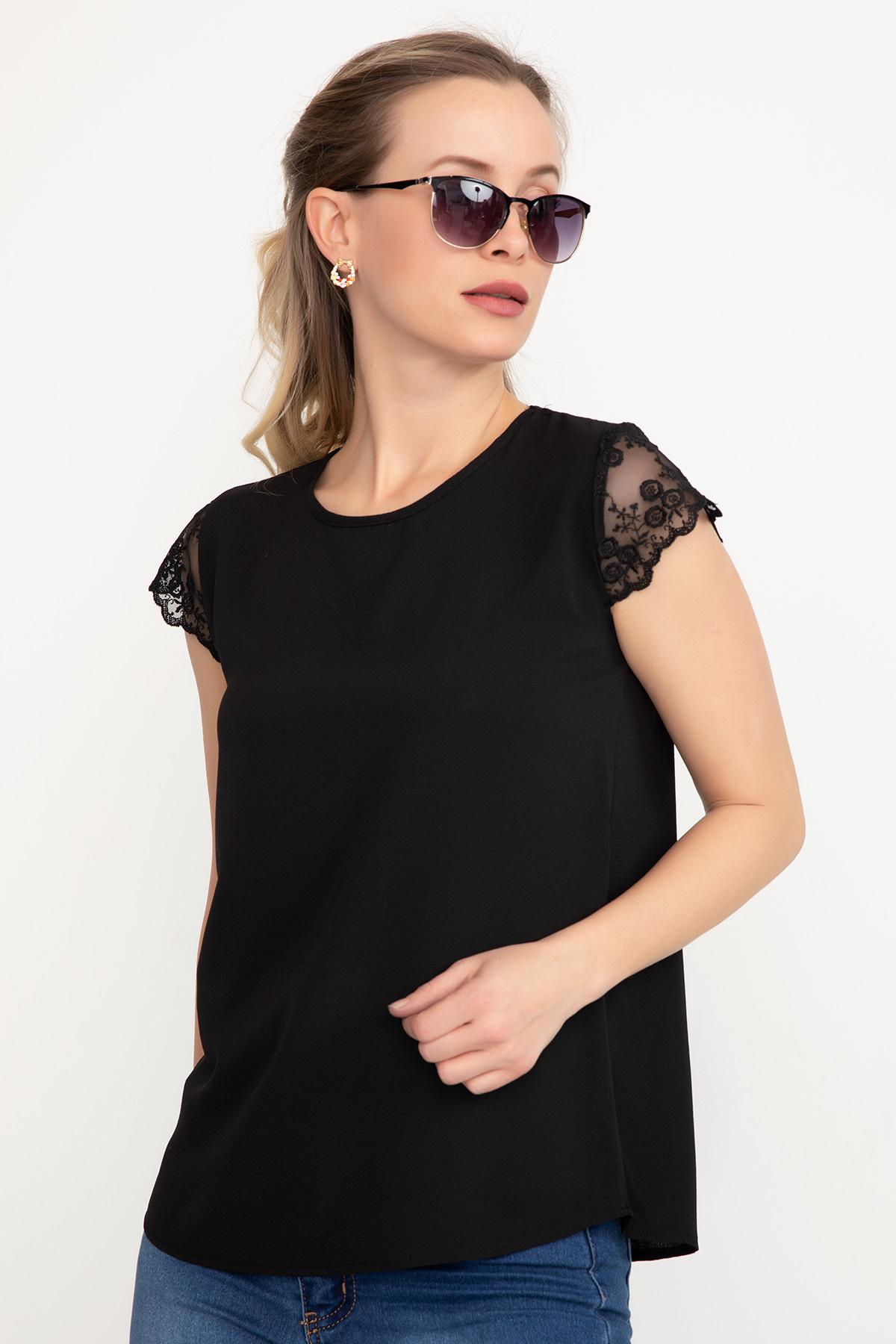 Sırt Dantelli Bluz / Siyah