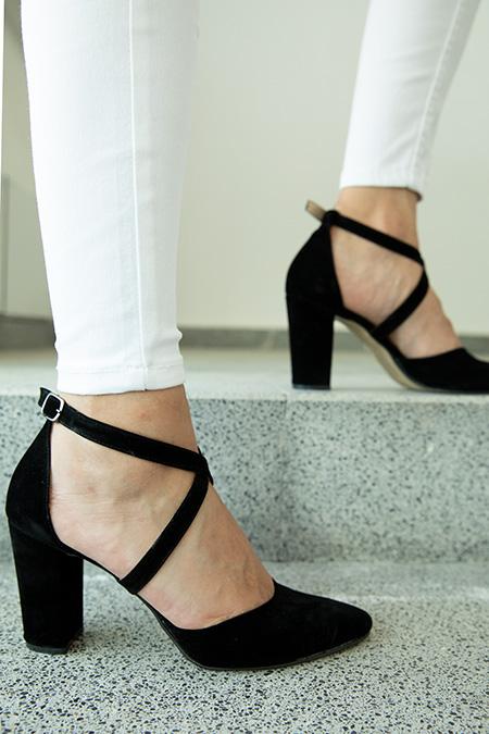 Capraz Baglamalı Süet Yüksek Topuklu Ayakkabı_