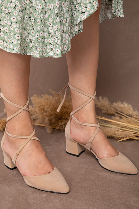 Baglamalı Süet Alcak Topuklu Ayakkabı_BEJ
