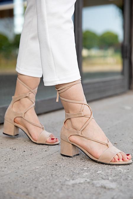 Baglamalı Süet Alcak Topuklu Ayakkabı_VIZON